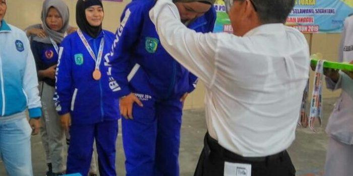 Ariyani Safitri Meraih 2 Medali Perunggu