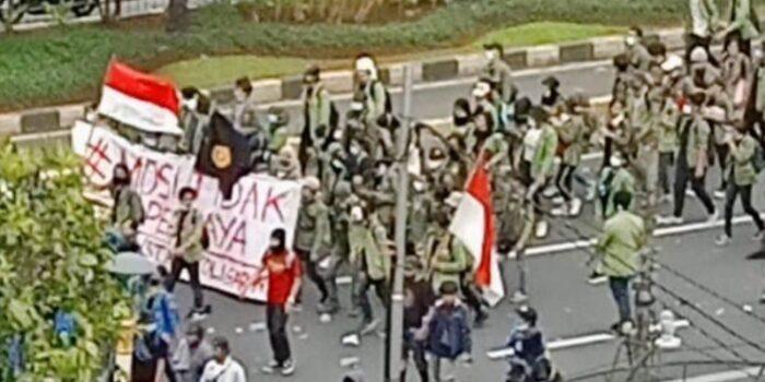 LBH Ansor Dampingi Aktivis Yang Ditahan Saat Aksi Tolak UU Cipta Kerja