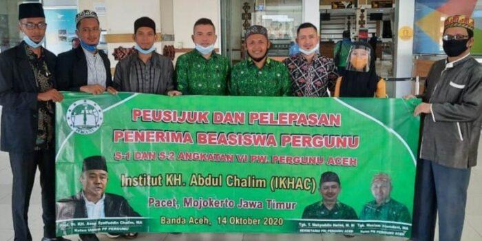 Pergunu Aceh Antarkan Penerima Beasiswa Ke IKHAC Jatim