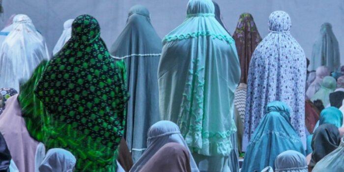 Hukum Membaca Doa Iftitah Setelah Surat Al-Fatihah